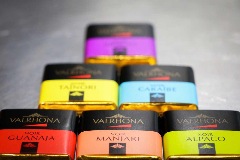 CATA CHOCOLATES VALRHONA Y MARIDAJE