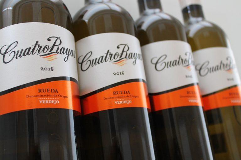 Cuatro Rayas Sauvignon Blanc entre los mejores vinos blancos del mundo