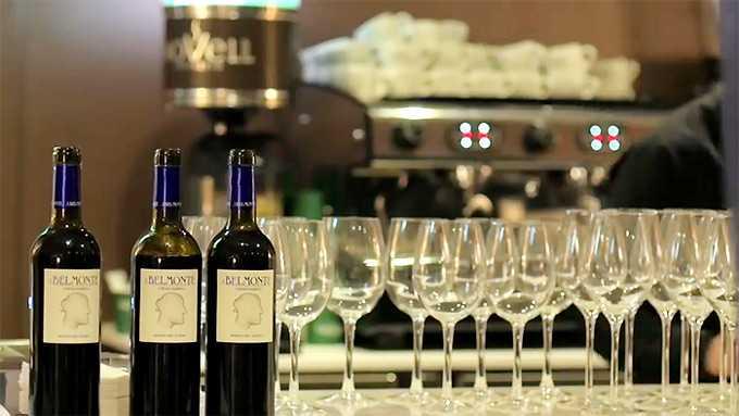 """""""Hay que seguir apostando por vinos con alma y personalidad propia.""""- Luis Merino"""