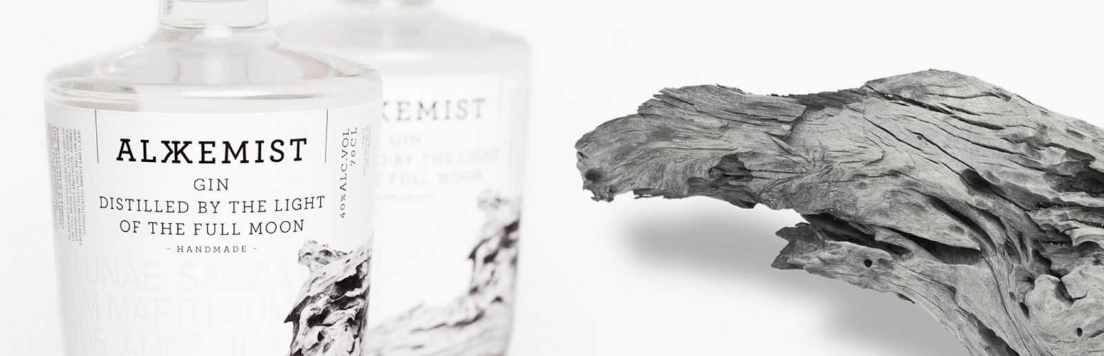 ALKKEMIST, la primera ginebra elaborada con hinojo marino y uva moscatel.