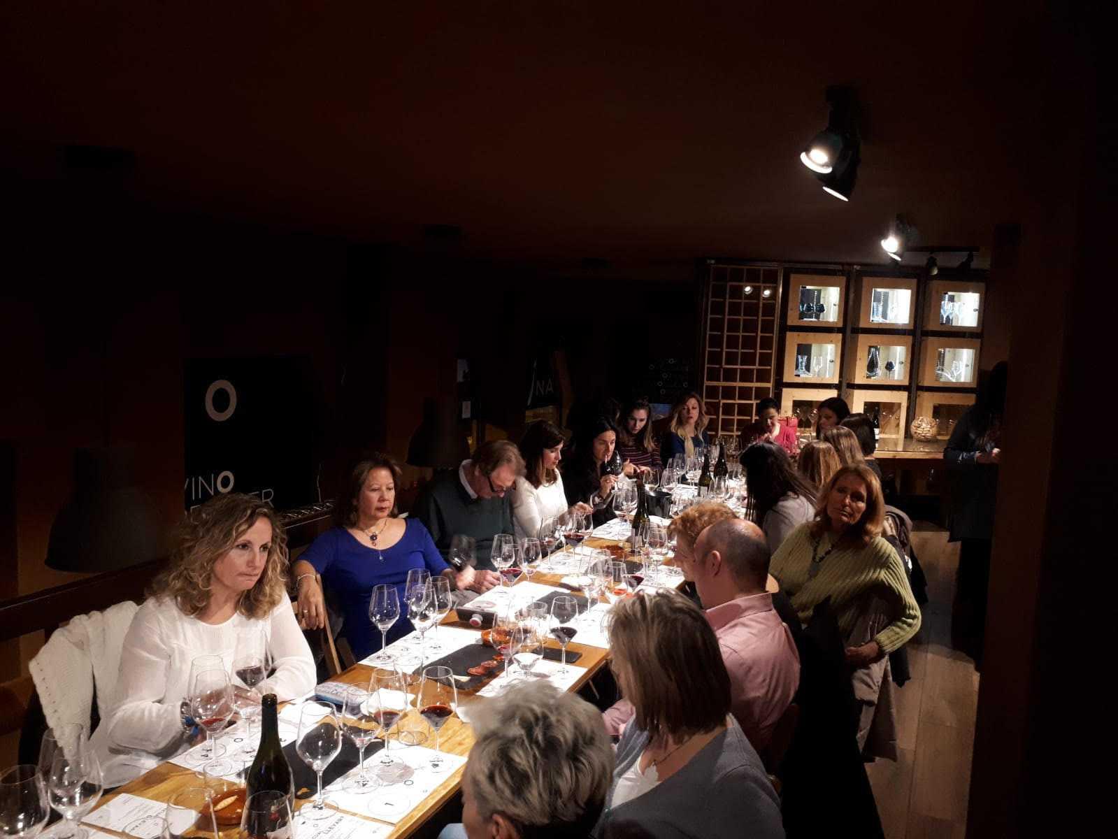 Un recorrido por la Garnacha del Valle del Ebro de la mano de Axial Vinos